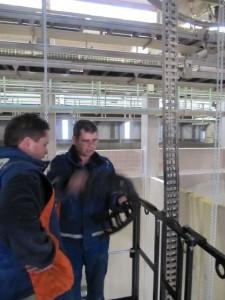 monteurs holland malt eemshaven repareren kabel rups
